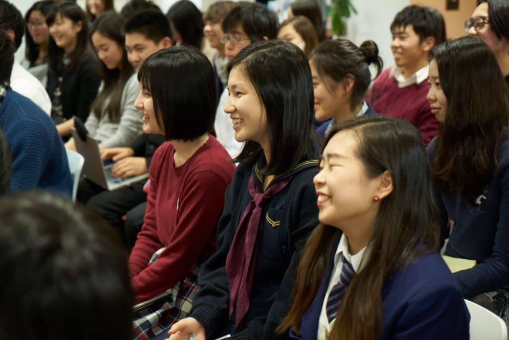 笑顔があふれる授業
